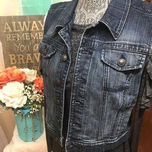 Fun Blue Jean Lauren Conrad Vest
